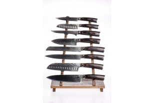 Complete set of knives in...